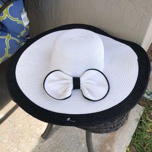 Black White Bow Floppy Hat